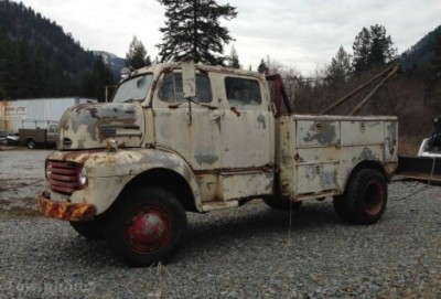 Rusty-Rarity-1948-Ford-F5-Crew-Cab-Wrecker-for-sale-Three-Quarter-Left-470x318.jpg