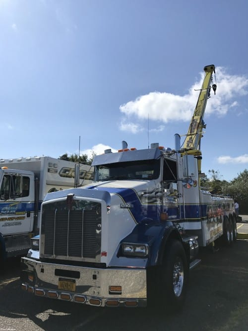 CrossIsland Wrecker from Long Island NY - https://www.baremotion.com/blogs/news-towing-trucking-lifting-equipment/convoy-truck-show-video-2019
